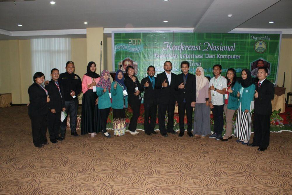STIKOM Tunas Bangsa Mengirim 7 Pemakalah dan 179 Peserta Mahasiswa AMIK-STIKOM Pada Konferensi Ilmiah Nasional (KOMIK) 2017